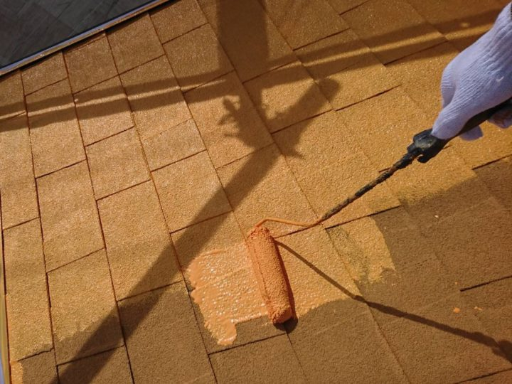 屋根・中塗り