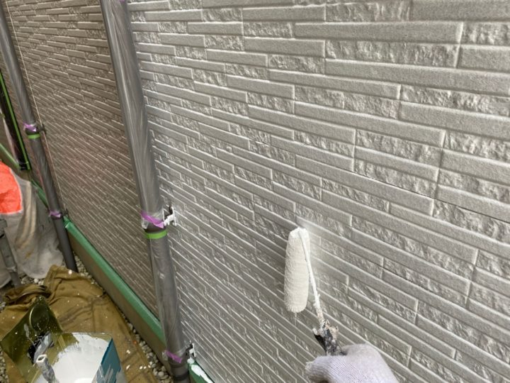 外壁・下塗り