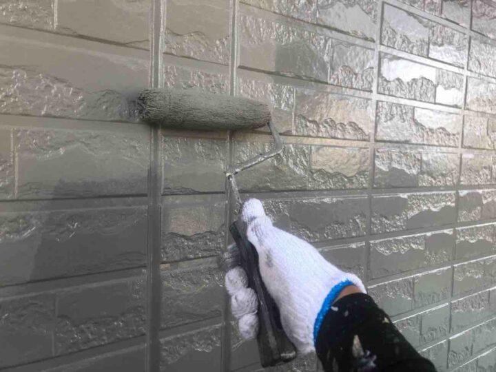 外壁 上塗り 施工状況
